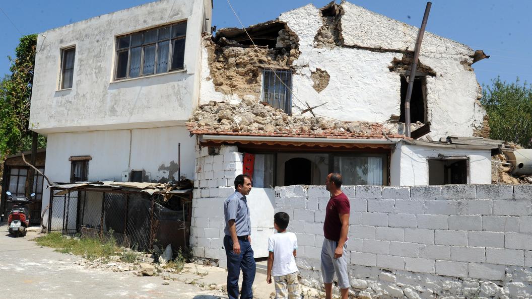 Серьезное землетрясение произошло в Турции