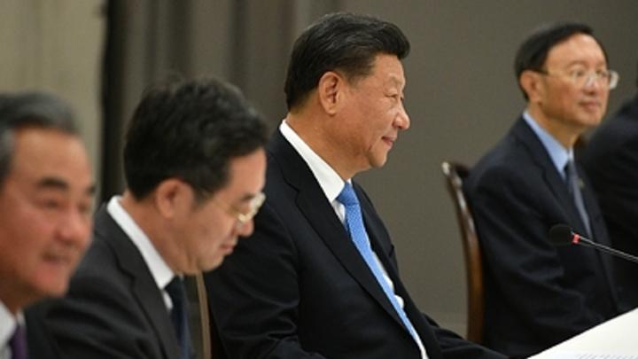 Китай призвал страны ШОС помогать талибам*