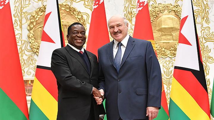 Лукашенко поставил в пример политическую и экономическую стабильность Зимбабве