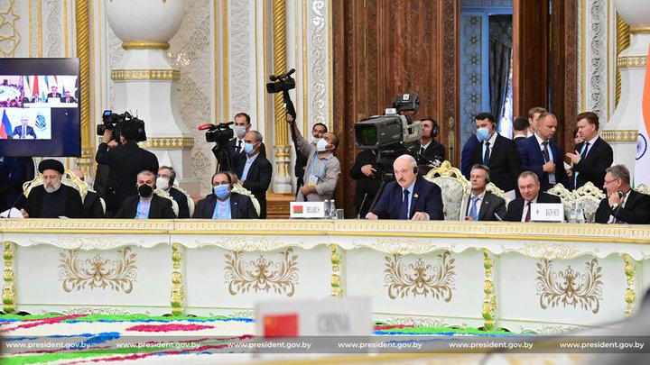 Лукашенко предложил странам ШОС создать собственный банк и фонд развития