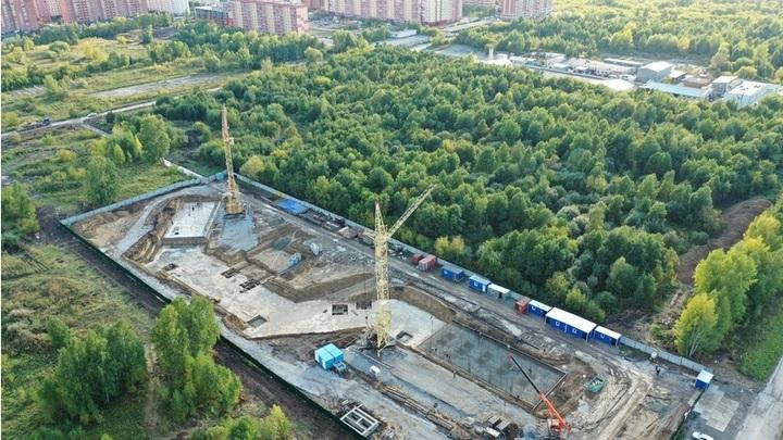 Группа ВИС показала фото строительства поликлиник в Новосибирске