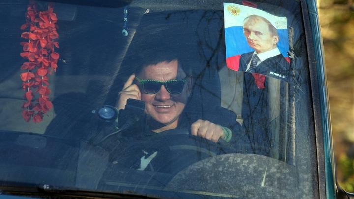 И боли нет, только ясный свет: Немецким телезрителям показали, как портрет Путина улучшает качество жизни