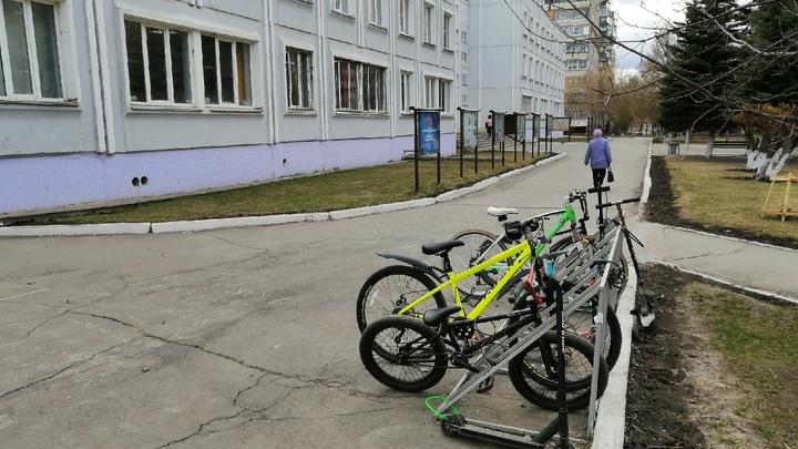На карантин из-за ковида и ОРВИ в школах Зауралья закрыли уже 100 классов