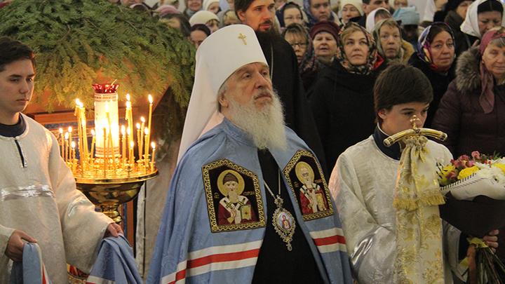 Объединить народ России поможет русская духовность, она должна быть включена в Конституцию, уверен митрополит Димитрий