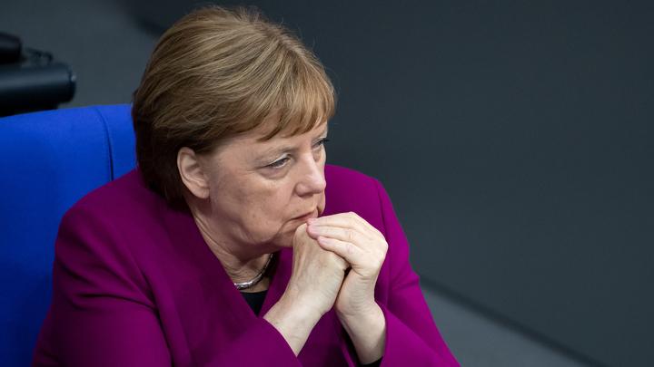Международный скандал? Британские СМИ призвали от лица Меркель объединить Европу против России. Но канцлер не в курсе