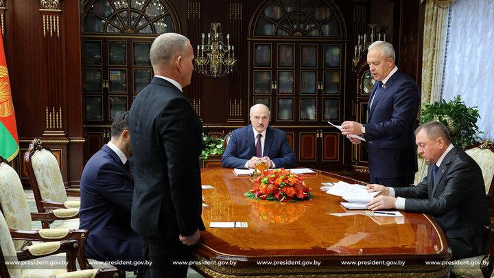 Лукашенко вновь заговорил о легитимности своей власти