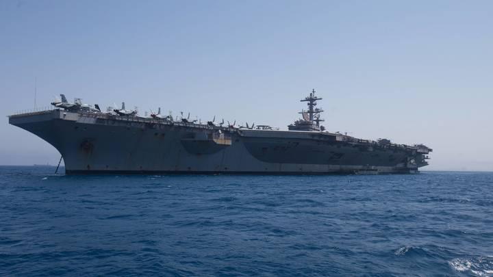 Ко Дню Победы: Генштаб России назвал сроки прибытия американского авианосца в Персидский залив