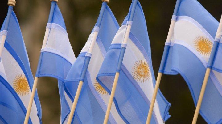Тысячи жителей Аргентины встали на борьбу с МВФ