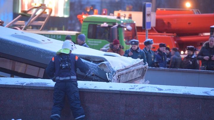 Все перед глазами проносится: Водитель влетевшего в переход автобуса в Москве выступил с извинениями