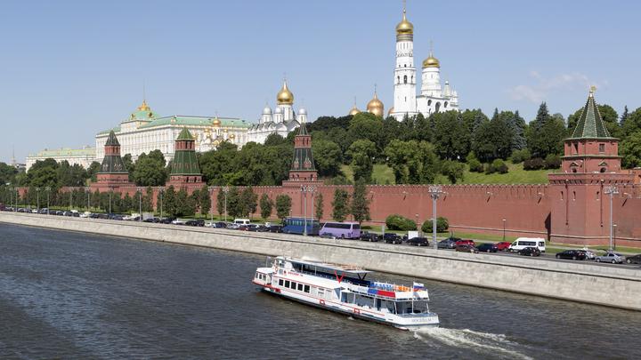 Новость про столкновение теплоходов в Москве оказалась фейком - МЧС