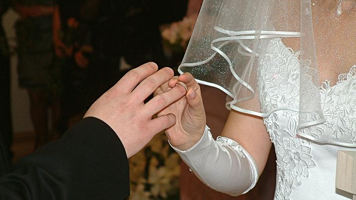 В Армавире раскрыли ОПГ, заключавшую фиктивные браки ради прописки