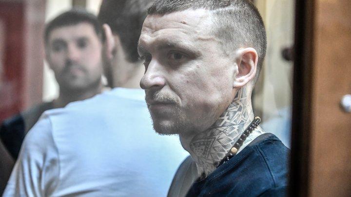 Павел Мамаев собрался на свободу в День полиции. А пока ему советуют намочить простыню