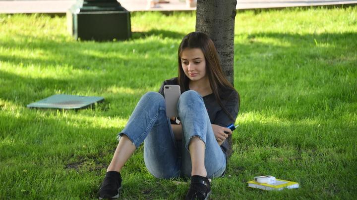 Мобильная связь подорожала на 8%, но это не предел. Эксперты ожидают дальнейшего роста цен