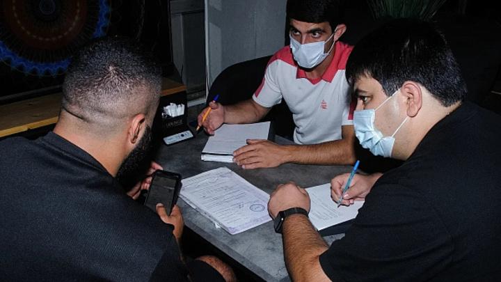 Работа без масок, после полуночи и раскуривание кальянов: В Сочи оштрафовали 5 заведений