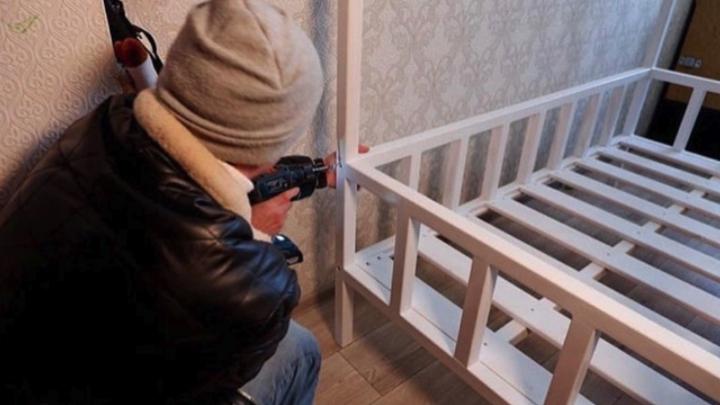 В Челябинской области столяр сделал новогодний подарок отцу–одиночке