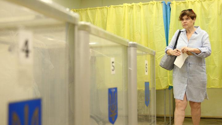Праздник демократии подошел к концу: ЦИК Украины подвел первые итоги выборов в Раду
