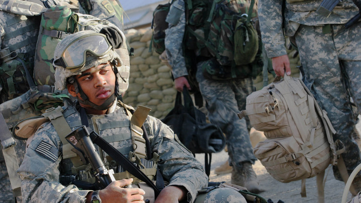 Вашингтон и игра слов: Американских баз в Ираке нет, зато солдат полно