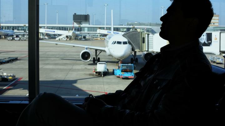 Следите за весом: Авиакомпании начинают взвешивать пассажиров