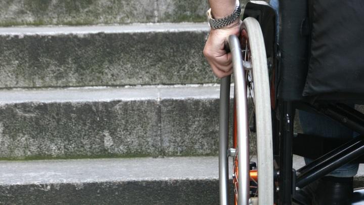 Ребенка-инвалида выгнали из кинотеатра в Петербурге из-за пугающего внешнего вида