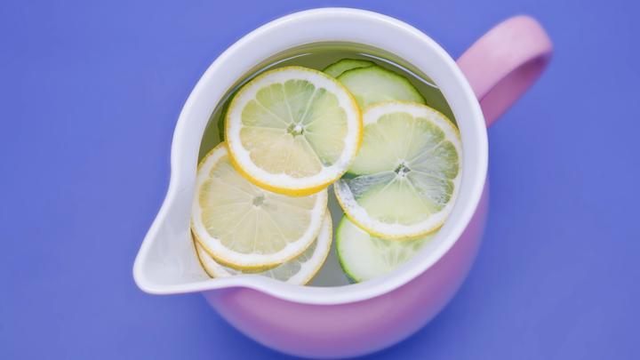 Эффект почти мгновенно: Топ-7 о пользе воды с лимоном