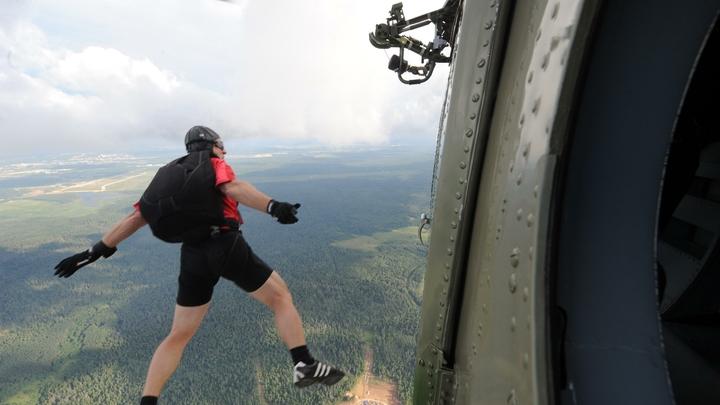 Он опоздал: Почему опытного экстремала в Подмосковье не спас даже запасной парашют