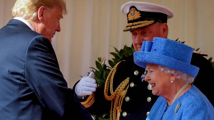 Букингемский дворец опроверг сообщение обопоздании Трампа наприем кЕлизаветеII