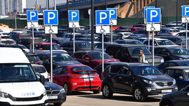 Езди, ремонтируй и дальше езди: Каждый второй в России отказался от покупки нового авто - опрос