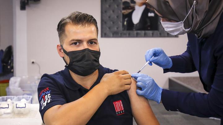 Аналитики выяснили отношение новосибирцев к обязательной вакцинации