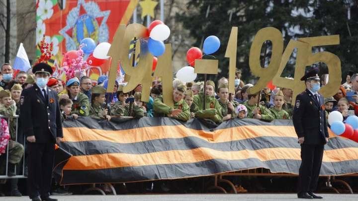 Танки, четвероногий полк и салют: Как в Кузбассе встретили День Победы 2021