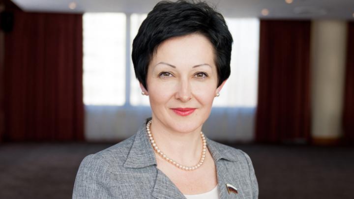 Депутат Оксана Бондарь назвала условие для проведения парадов гомосексуалистов