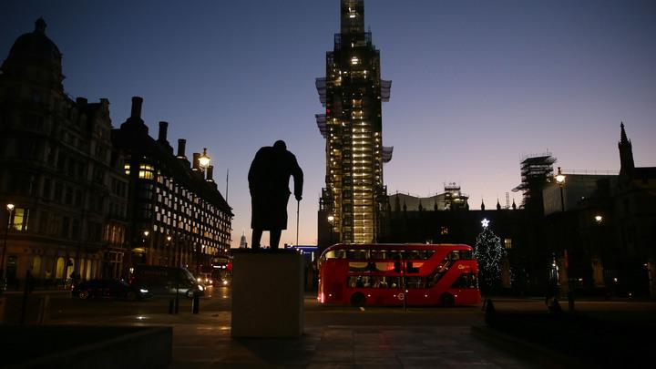 Эксперты предвидят рецессию: В Британии оценили риск жесткого Brexit