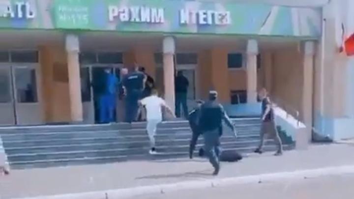 Важное поручение: в школах Челябинской области усиливают пропускной режим