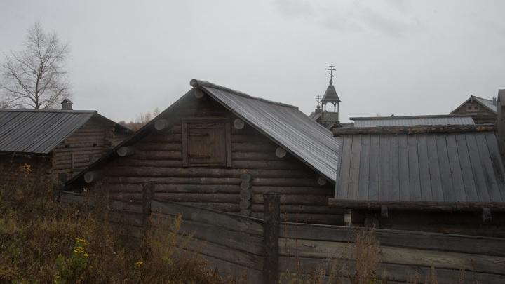 Пандемия уходит в Сибирь? Коронавирусу сдались чиновники за Уралом