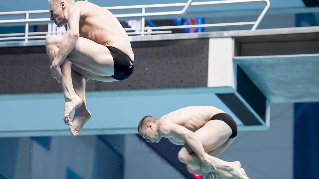 Захаров и Кузнецов завоевали золото ЧМ по прыжкам в воду