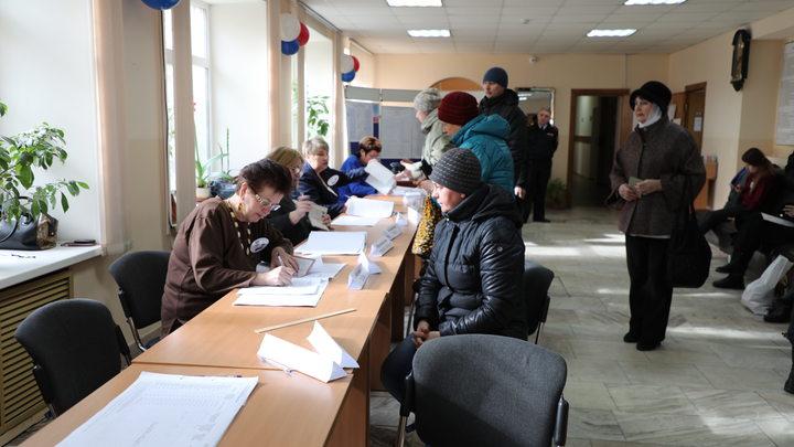 Навальный плачет: На 17:00 явка на выборах президента России превысила 51%