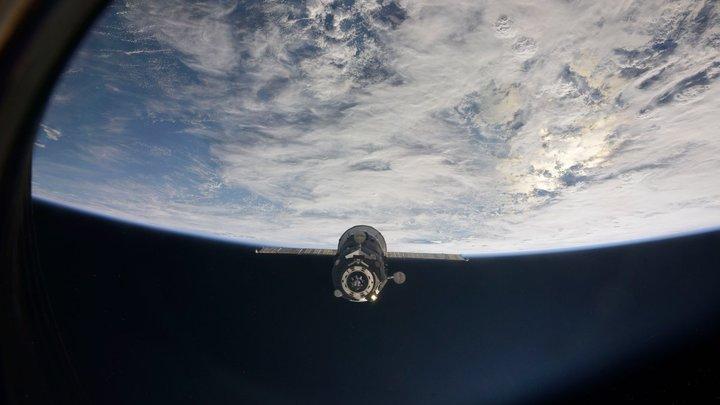 Американские астронавты полотенцами собирали воду из туалета на МКС