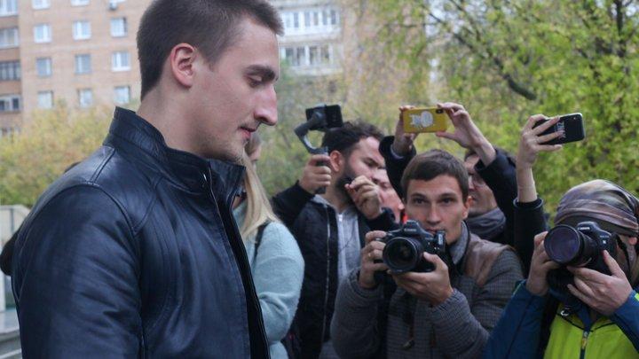Именно мы сажаем…: Соловьев предсказал Устинову, что его сожрет тусовочка