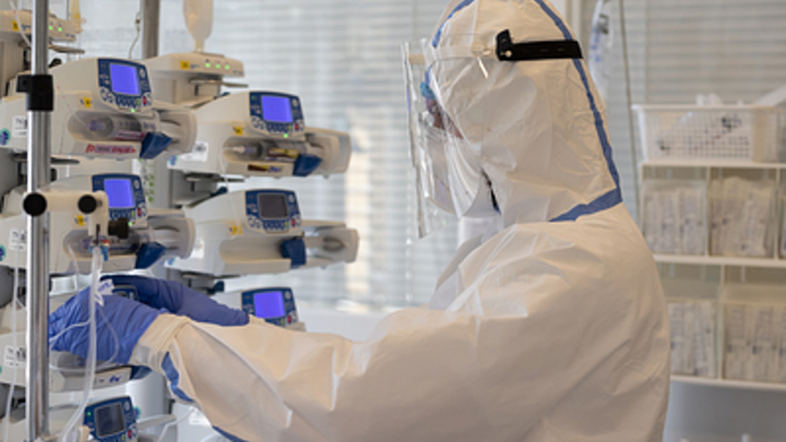 В 2021-м коронавирус не остановить: Эксперт заявила о ковидных горячих точках