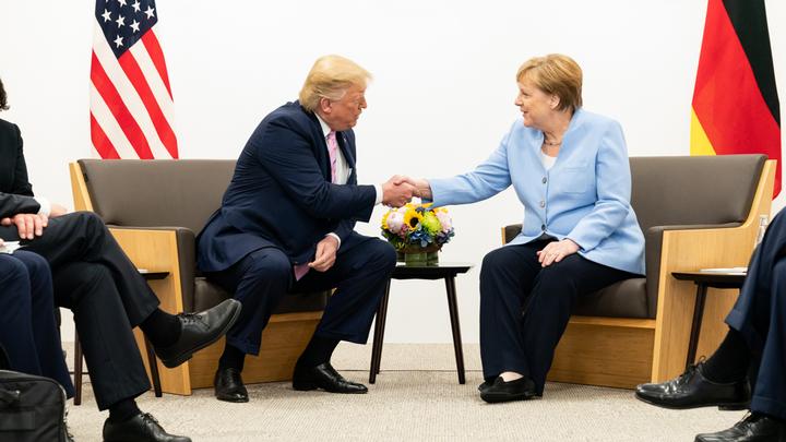 Меркель заступилась за Twitter Трампа: налицо настоящая проблема