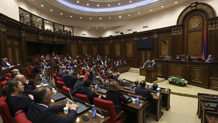 Правящая Республиканская партия Армении отказалась от своего кандидата на пост премьера