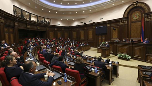 Буду независимым: Депутаты Республиканской партии Армении уходят в свободное плавание