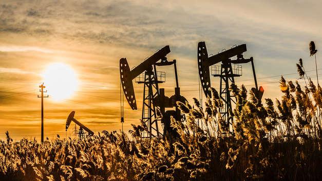 Мировые цены на нефть растут на новостях об экспорте из Ливии