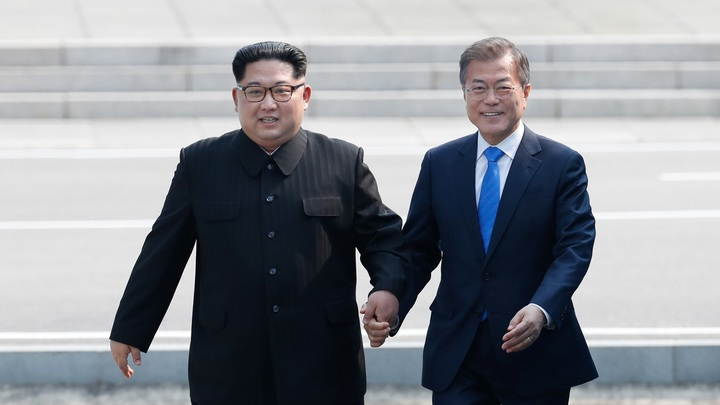 Продолжайте в том же духе: МИД России высоко оценил саммит КНДР и Южной Кореи