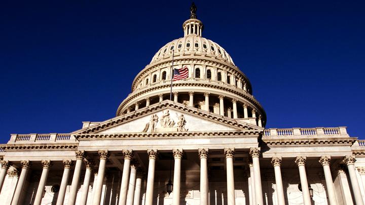 Конгресс «наказывает» Трампа за уход из Сирии