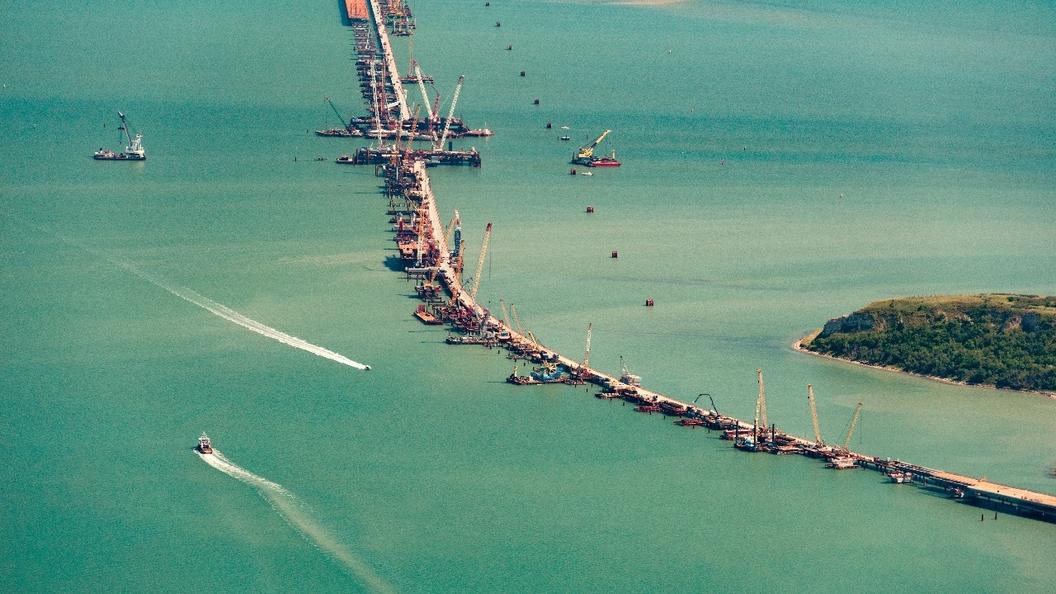 Санкции США против страховщика Крымского моста не отразятся на его строительстве