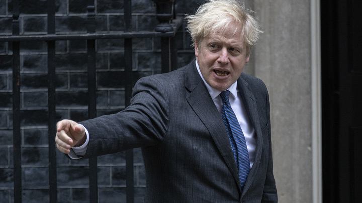 Великобритании грозит паника? Лондон призвал магазины запасаться едой и лекарствами