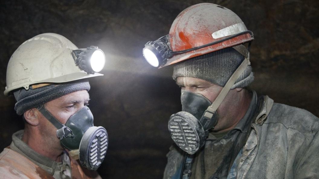 ВЛуганской области 240 горняков оказались заблокированными под землей