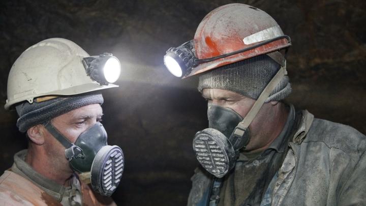 240 луганских горняков заблокированы в шахте из-за действий руководства госпредприятия