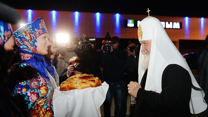 Патриарх Кирилл доставил в Когалым частичку мощей святой Татианы