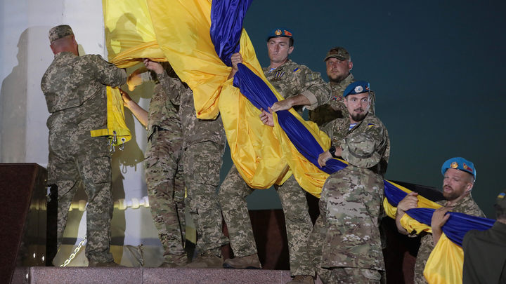 Первые день-два они продержатся…: Названы сроки большой войны в Донбассе